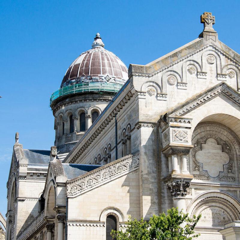 Basilique saint Martin et Tour Charlemagne